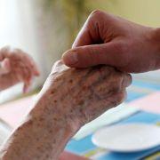 Zwei Drittel der Bundesbürger wollen aktive Sterbehilfe erlauben (Foto)