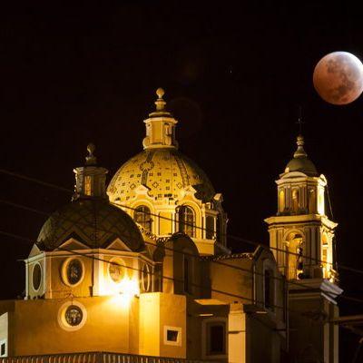 Mond strahlt erneut in blutigem Rot (Foto)