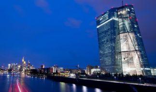 EZB sieht hohe Risiken für Konjunktur im Euroraum (Foto)