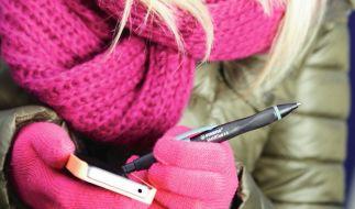 Selbst wenn man Handschuhe trägt, ist das Bedienen des Screens mit der Touchscreen-Spitze problemlos. (Foto)