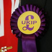 UKIP-Mann nach Erdrutschsieg im britischen Unterhaus (Foto)