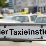 Fahrdienst UberPop soll nur 35 Cent pro Kilometer kosten (Foto)
