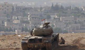 IS-Kämpfer nehmen Kobane in die Zange (Foto)