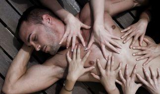 Für Männer gibt es viele Kosenamen. Doch längst nicht jeder kommt gut an. (Foto)