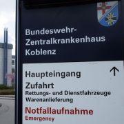 Bundeswehr stellt Transportbehälter für Ebola-Patienten vor (Foto)