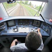 Reisepläne mit Bahn bleiben unsicher - Flotter Start nach Streik (Foto)
