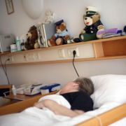 Abgeordnete wollen Recht Todkranker auf würdevolles Sterben stärken (Foto)