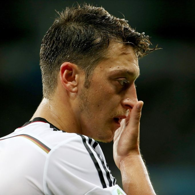«Arschloch», «Spasti»: So derb wird Özil gedisst (Foto)
