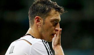 Funkte laut Lell ständig in die Beziehung: Mesut Özil. (Foto)