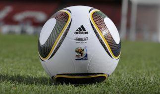 Der Tod des südafrikanischen Profi-Kickers schockt die Fußballwelt. (Foto)