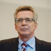 De Maizière fordert nach Kölner Krawallen «klare Justiz» (Foto)