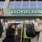 Britische Bank Lloyds will kräftig sparen -9000 Stellen fallen weg (Foto)