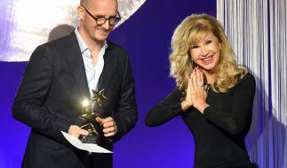 Carmen Geiss: Folgenschwerer Fashion-Fauxpas beim InTouch-Award. (Foto)