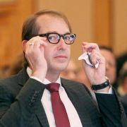 Pkw-Maut ohne Vignette: Dobrindt erwartet 500 Millionen Euro (Foto)