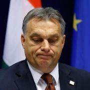Ungarn zieht umstrittene Internet-Steuer vorerst zurück (Foto)