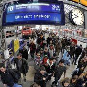 GDL-Streik: Stillstand im Fern- und Regionalverkehr, Notfahrplan aktiv (Foto)