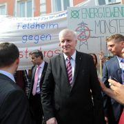 Neuer Stromnetz-Ausbauplan: Leitungen nach Bayern bleiben (Foto)