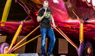Mario Barth live im Olympiastadion Berlin: Der Komiker lockte an zwei Sommerabenden insgesamt 120.000 Zuschauer ins Freie. (Foto)