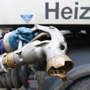 Fallender Ölpreis macht Heizöl vor dem Winter billig (Foto)