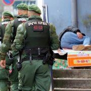 Karriere-Cops hängen Obdachlosen Straftaten an (Foto)