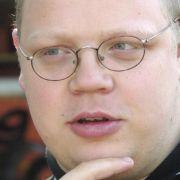 Neonazi und Ex-V-Mann Brandt wegen Kindesmissbrauchs angeklagt (Foto)