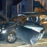 Deo versprüht, Zigarette angezündet, Auto explodiert (Foto)