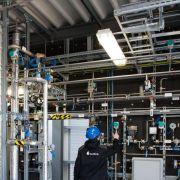 Dresdner Firma nimmt Pilotanlage für Ökosprit in Betrieb (Foto)