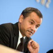 Edathy plant Auftritt vor der Bundespressekonferenz (Foto)