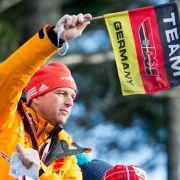 Weltcup-Auftakt in Klingenthal - Wellinger springt auf Podest (Foto)