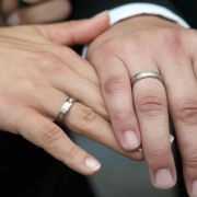 Verfassungsgericht bestätigt kirchliche Sonderrechte (Foto)