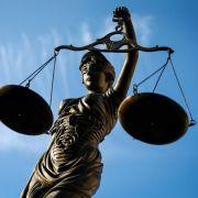 Urteil im Prozess um tödlichen Brandanschlag erwartet (Foto)