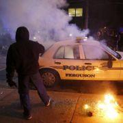 Wut über Jury-Entscheid treibt US-Bürger auf die Straße (Foto)