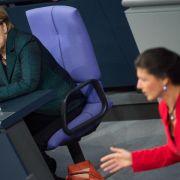 Linke und Grüne werfen Merkel politischen Stillstand vor (Foto)
