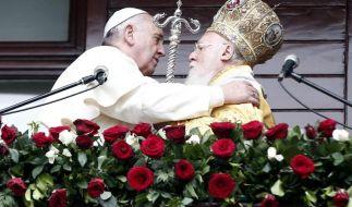 Papst und Patriarch: Muslime und Christen geeint für Frieden (Foto)