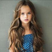 8-jähriges Model schockt mit sexy Posen (Foto)