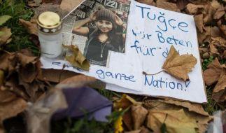 stern TV 2014 bei RTL: Der Tod von Tugce A. schockierte ganz Deutschland. Steffen Hallaschka sprach mit dem Anwalt der Familie über den Fall. (Foto)