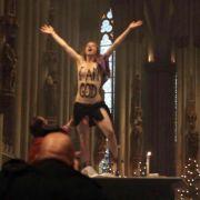 Femen-Aktivistin aus dem Kölner Dom muss Geldstrafe zahlen (Foto)