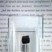 Wulff-Anruf auf Diekmanns Mailbox in Ausstellung zu hören (Foto)