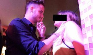 Mit einem Würgegriff sollen die Männer, wenn es nach Julien Blanc geht, das Gespräch mit einer fremden Frau eröffnen. (Foto)