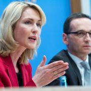 Bericht: Keine fixe Frauenquote für die Bundesverwaltung (Foto)