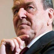 Ex-Kanzler Schröder weist Spekulationen über WestLB-Mauschelei zurück (Foto)