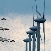 Sturmtief «Billie» stellt Stromnetz vor große Herausforderungen (Foto)