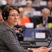 Dobrindt weist EU-Bedenken gegen Pkw-Maut-Pläne zurück (Foto)