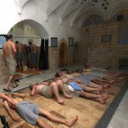 22 Männer wegen Sex-Orgien im Badehaus vor Gericht (Foto)
