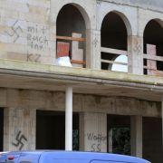 Moschee-Neubau in Dormagen mit Hakenkreuzen beschmiert (Foto)