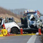 Falschfahrer für schweren Unfall verantwortlich (Foto)