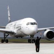 Airbus liefert erste A350 an Qatar Airways aus (Foto)