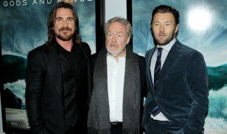 News.de-Redakteurin Susett Queisert traf Christian Bale und Ridley Scott (v.l.) zum Interview in Berin. Joel Edgerton konnte leider nicht dabei sein. (Foto)