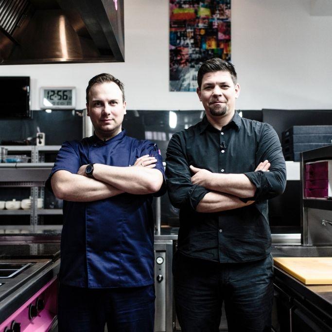 Blutige Szenen bei Kitchen Impossible mit Tim Mälzer (Foto)