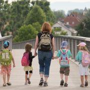 Koalition will Kindergeld-Erhöhung prüfen (Foto)